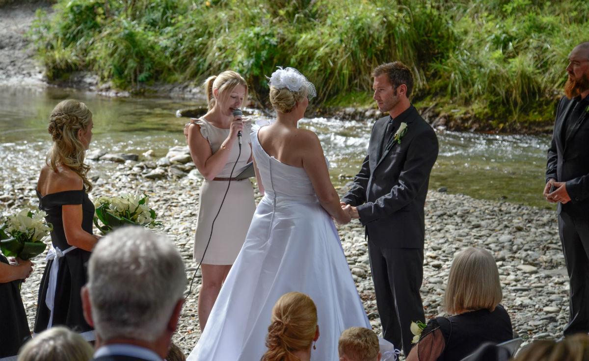 Arrowtown Queenstown Wedding Marriage Celebrant 2
