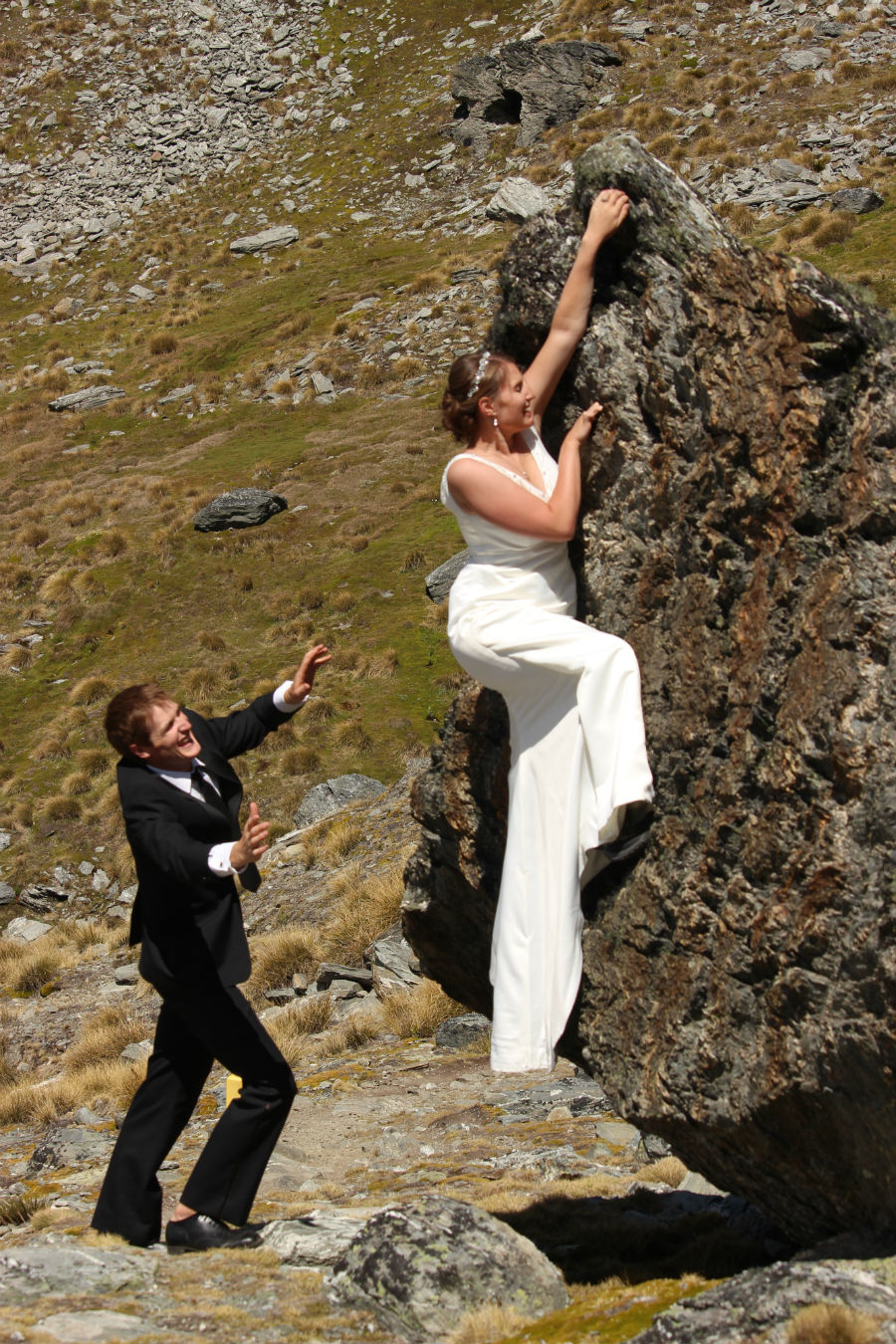 Queenstown adventure wedding complete with rock climbing bride!