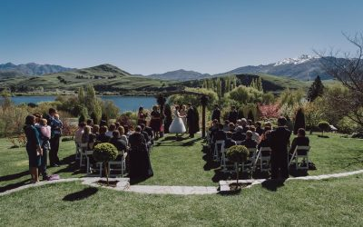 How to plan a destination wedding in Queenstown