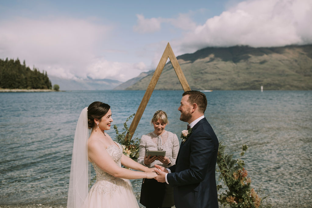 queenstown-celebrant-rach-dom-wedding