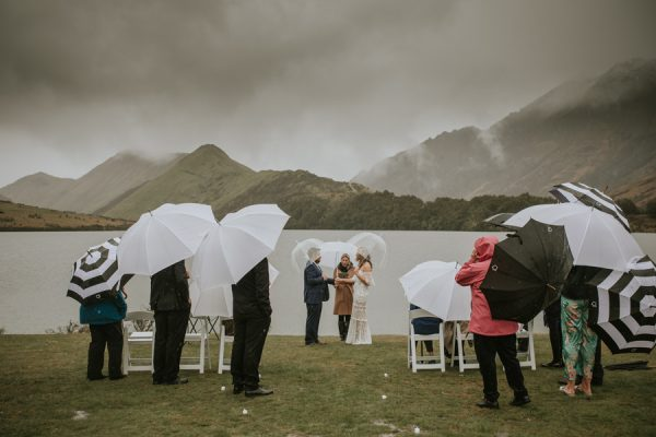 queenstown-celebrant-rain-wedding-mikaela-tom- ceremony