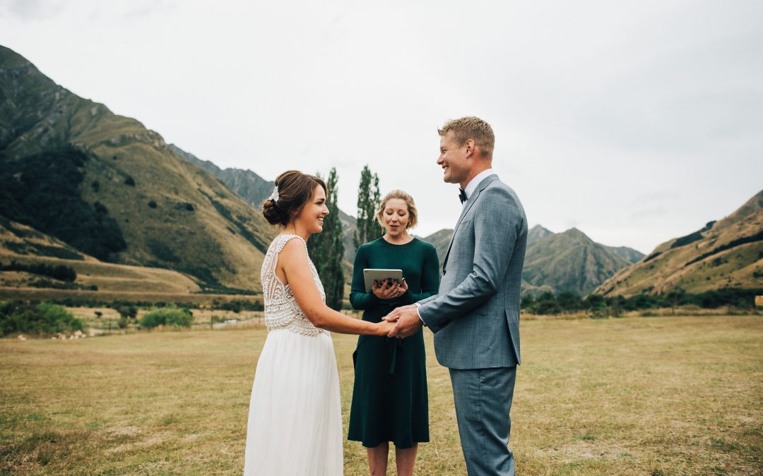 queenstown-wedding-celebrant-moke-lake-harriet-mark