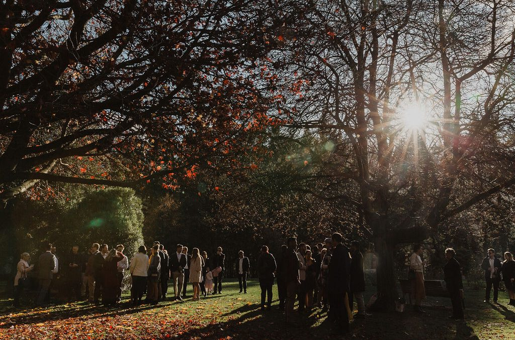 queenstown-wedding-celebrant-winter-wedding-queenstown-gardens