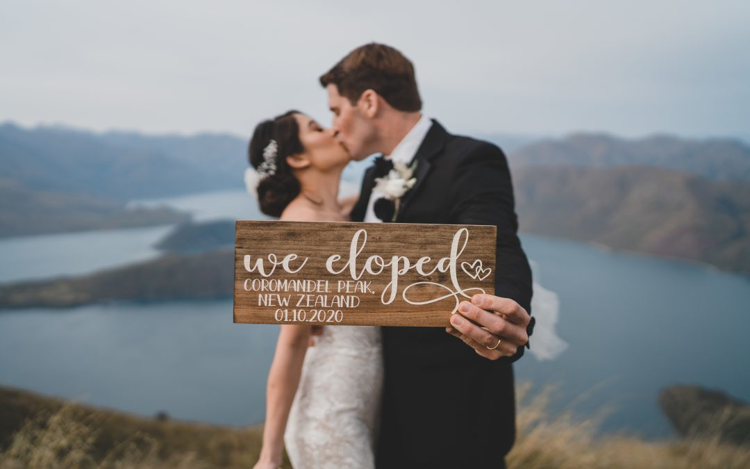 queenstown-wedding-celebrant-coromandel-peak-heli-wedding-jade-chase-222