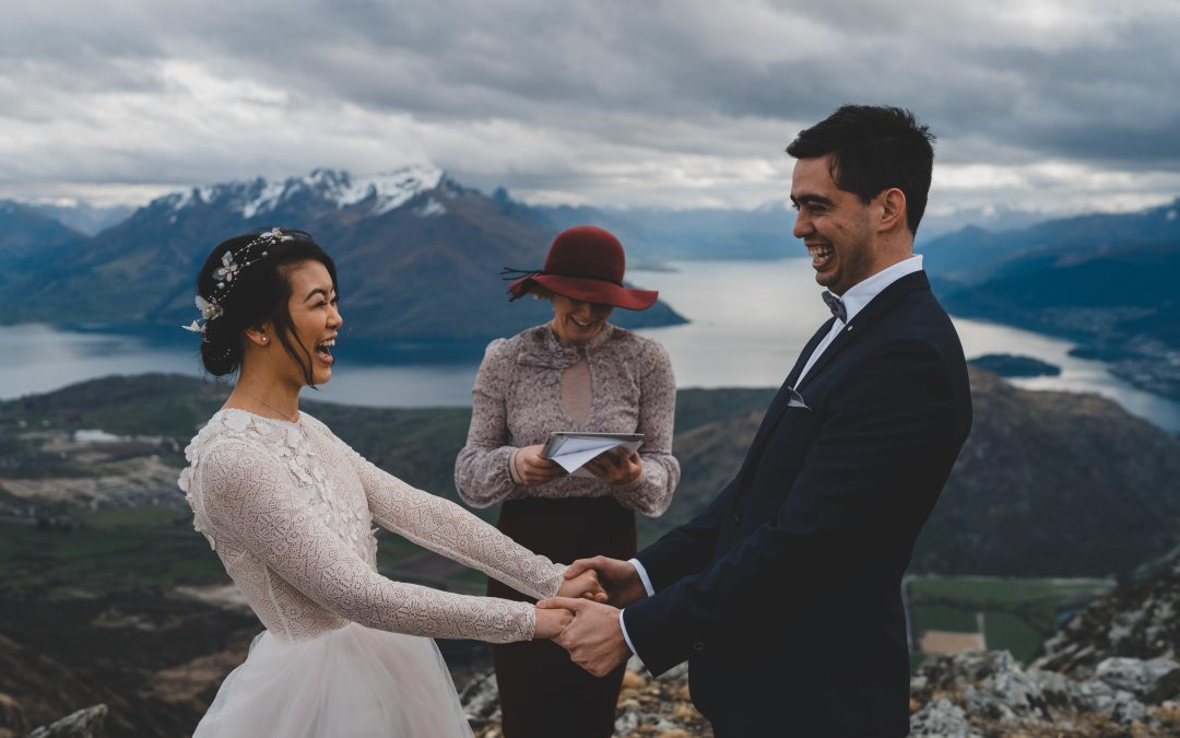 queenstown-wedding-celebrant-heli-wedding-dom-lily-remarkables-114