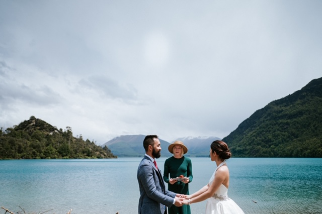 queenstown-wedding-celebrant-heliwedding-elopement-bobs-cove-anna-long_0201