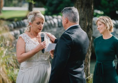 queenstown-wedding-celebrant-queenstown-gardens-175