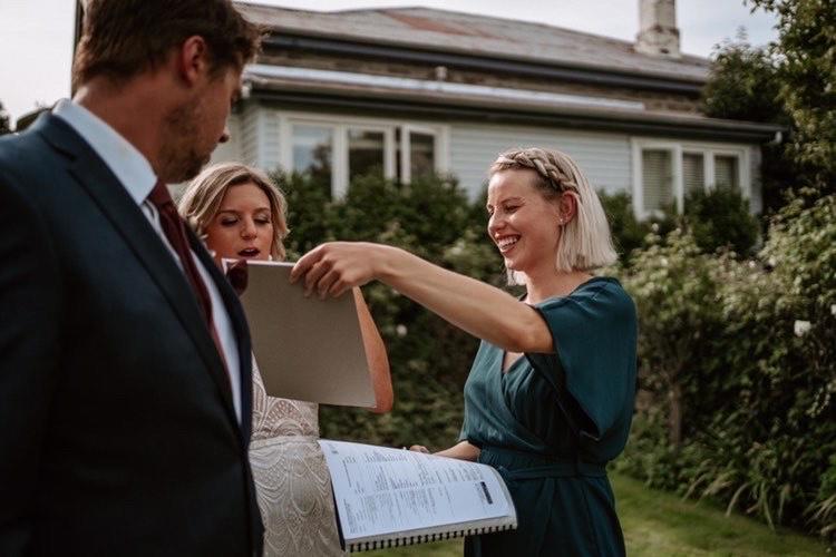 Queenstown-wedding-celebrant-your-big-day-ellie